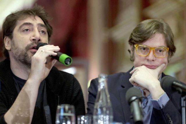 Javier Bardem et le réalisateur Alvaro Longoria ont... (Photo: AFP)