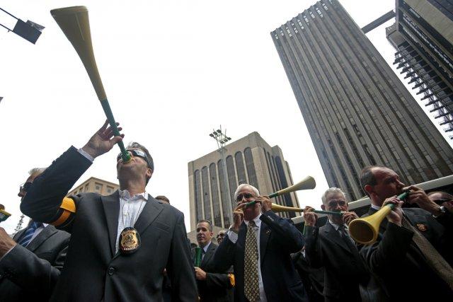 Les policiers fédéraux ont défilé à Sao Paulo,... (Photo Miguel Schincariol, AFP)