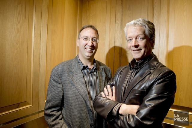 Normand Mousseau (à gauche) et Roger Lanoue, les... (PHOTO ALAIN ROBERGE, ARCHIVES LA PRESSE)