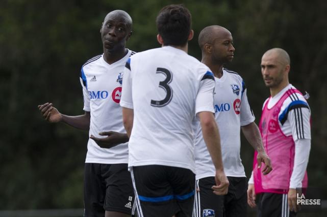 Le défenseur Hassoun Camara (à gauche) semble s'imposer... (Photo Olivier Jean, La Presse)