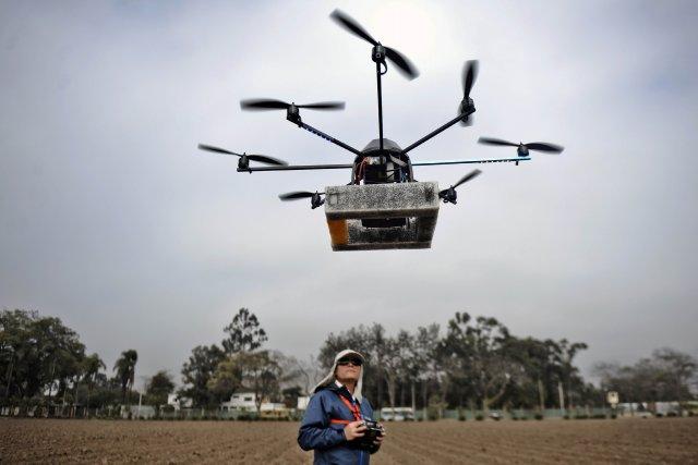 Un modèle de drone servant à faire des... (Photo ERNESTO BENAVIDES, AFP)