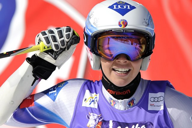 Tina Weirather luttait avec Maria Höfl-Riesch pour remporter... (Photo Samuel Kubani, AFP)