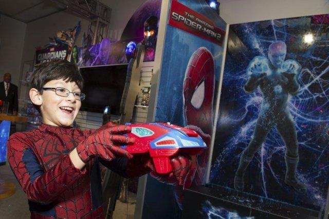 Marvel, qui appartient au groupe Disney, souhaitait créerdes... (Photo Charles Sykes, Hasbro/AP Images)
