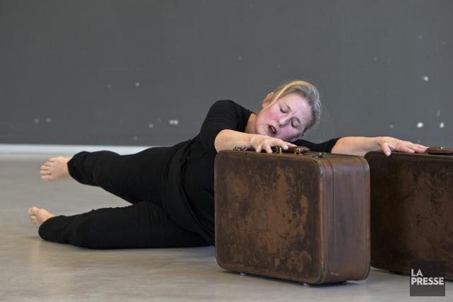 Âgée de 60 ans, Margie Gillis fête en... (Photo Robert Skinner, La Presse)