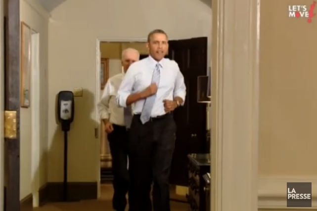 Le président et le vice-président joggent à la... (IMAGE TIRÉE DE LA VIDÉO «HOW DO YOU MOVE?»)