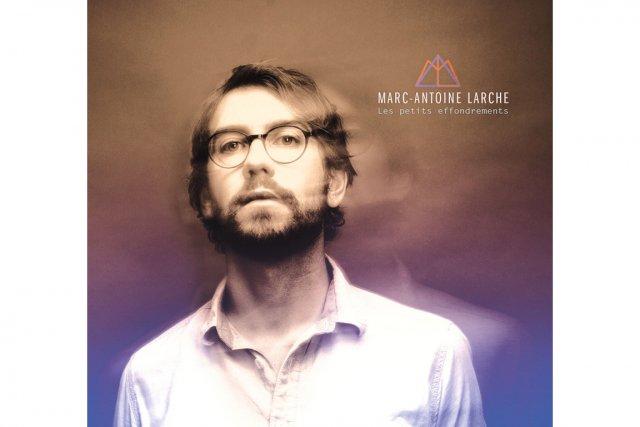 Il fait froid sur le disque de Marc-Antoine Larche. Froid dans les textes, les...