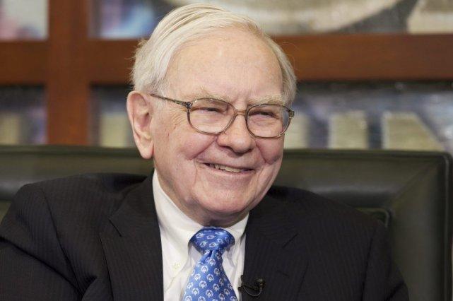 Warren Buffett estdétenteur de la quatrième fortune mondiale.... (PHOTO NATI HARNIK, ARCHIVES AP)