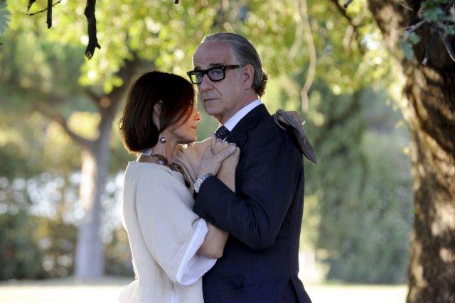 Galatea Ranzi et Toni Servillo dans La Grande... (Photo fournie par Mongrel / Métropole Films)
