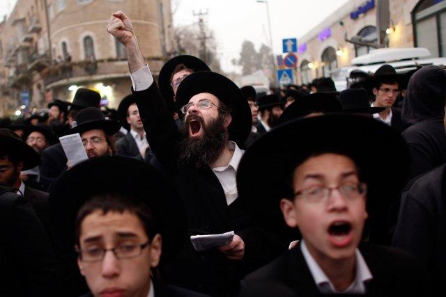 Tous les courants de l'ultra-orthodoxie juive - lituanien,... (PHOTO THOMAS COEX, AFP)