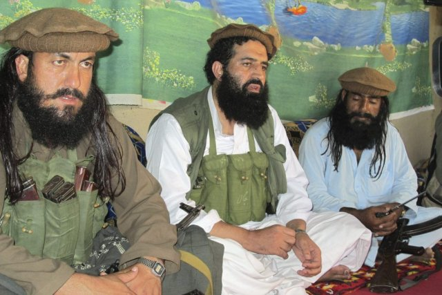 Samedi, les insurgés du Tehreek-e-Taliban Pakistan, un regroupement... (PHOTO ISHTIAQ MAHSUD, ARCHIVES AP)