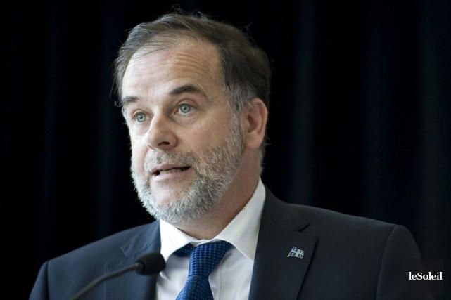 Le ministre PierreDuchesne a précisé que six des... (PHOTO ARCHIVES LE SOLEIL)