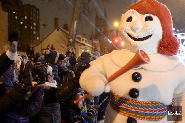 Le défilé de la Haute-Ville du Carnaval de... (Photothèque Le Soleil, Pascal Ratthé)