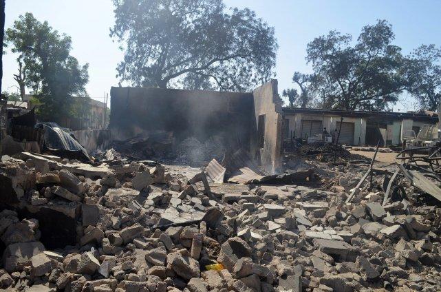 Des hommes armés ont rasé trois villages dans la nuit de vendredi à samedi dans... (Photo Jossy Ola, archives AP)