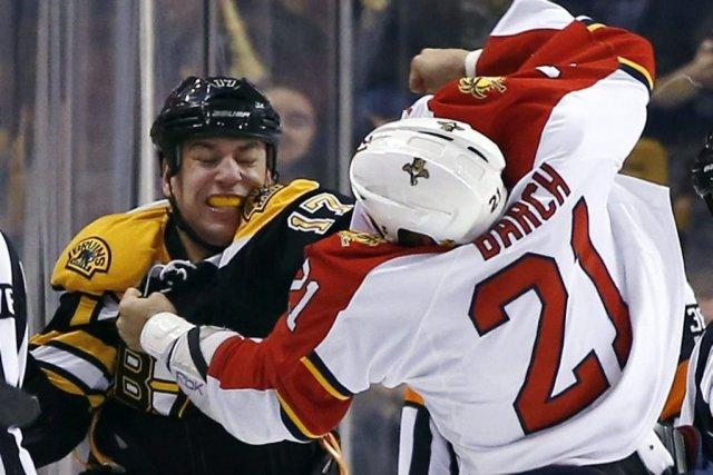 David Krejci a réussi un tour du chapeau et les Bruins de Boston ont écrasé les... (Photo: AP)