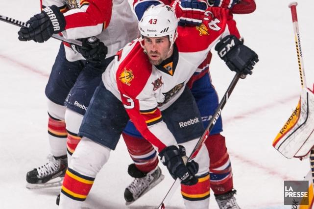 Le Canadien a fait l'acquisition du défenseur Mike... (Photo Hugo-Sébastien Aubert, La Presse)