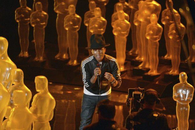 Pharrell Williams a chanté Happy aux Oscars.... (Photo: AP)