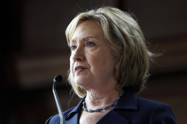 Hillary Clinton n'a pas confirmé ses intentions pour... (PHOTO MATT ROURKE, ARCHIVES AP)