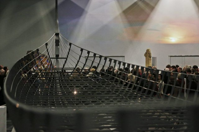 Le bateau viking, le Drakkar, dont la silhouette... (Photo: AP)