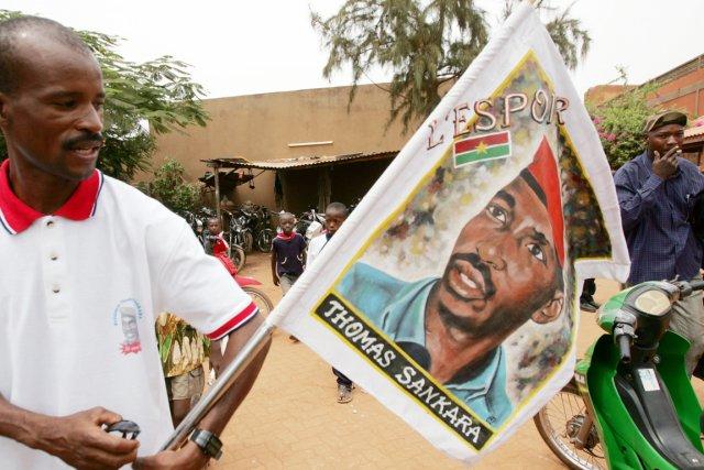 Thomas Sankara et quatorze de ses camarades, tués... (PHOTO KAMBOU SIA, ARCHIVES AFP)