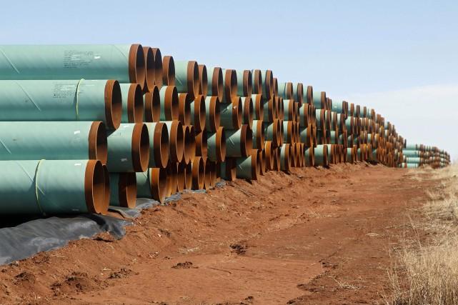 L'oléoduc permettrait d'acheminer le pétrole des sables bitumineux... (Archives, Associated Press)