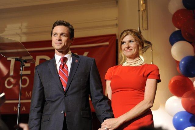 Eric Close et Connie Britton dans Nashville.... (Photo: fournie par V)