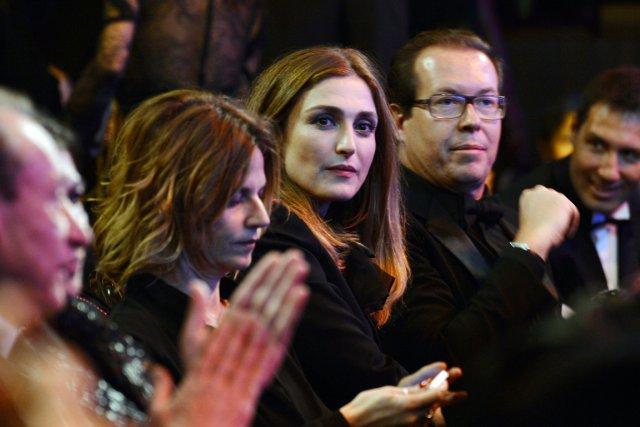 Julie Gayet (au centre), invisible depuis les révélations... (PHOTO MARTIN BUREAU, AFP)