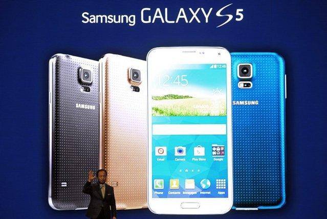 Apple, se basant sur la culpabilité de Samsung,... (Photo Manu Fernandez, AP)