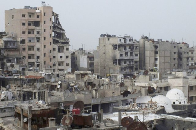 La zone assiégée de la ville de Homs,... (PHOTO YAZAN HOMSY, REUTERS)