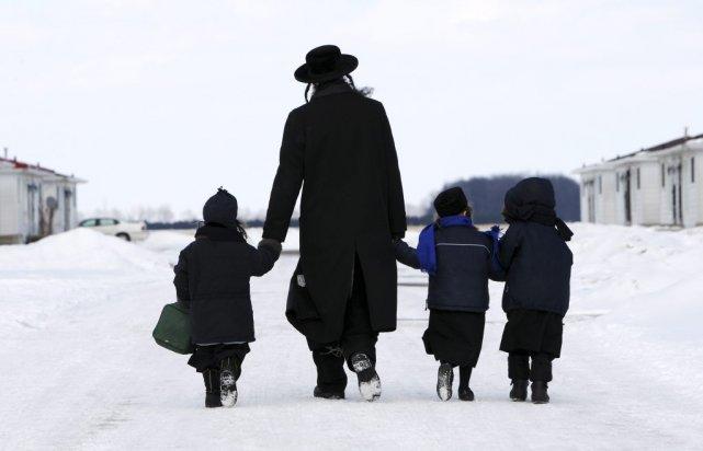 Huit enfants de la secte Lev Tahor sont... (Photo Dave Chidley, La Presse Canadienne)