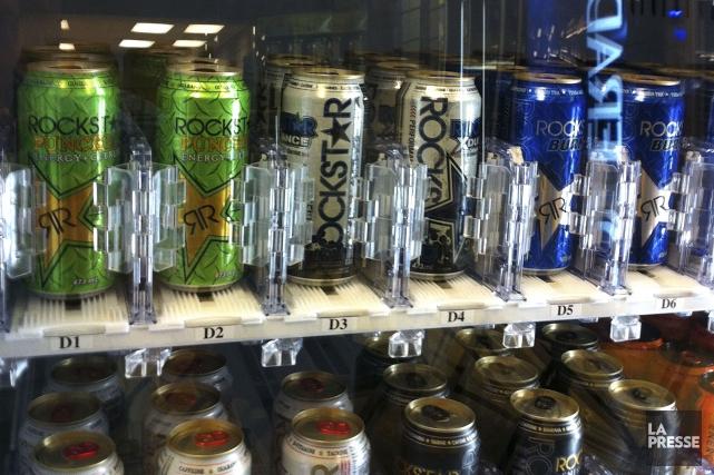 Les boissons énergisantes interfèrent plus que la caféine seule avec le... (PHOTO HUGO-SÉBASTIEN AUBERT, ARCHIVES LA PRESSE)