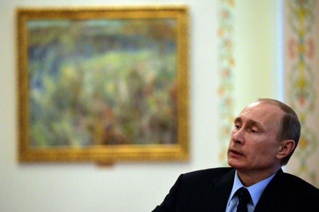 Vladimir Poutine... (Photo YURI KADOBNOV, AFP)