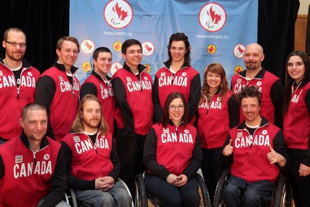 L'équipe canadienne de skieurs paralympiques... (Photo fournie par le comité paralympique canadien)