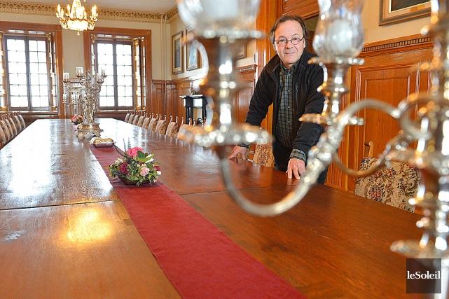La table du mess de la Citadelle de Québec retrouve son lustre ...