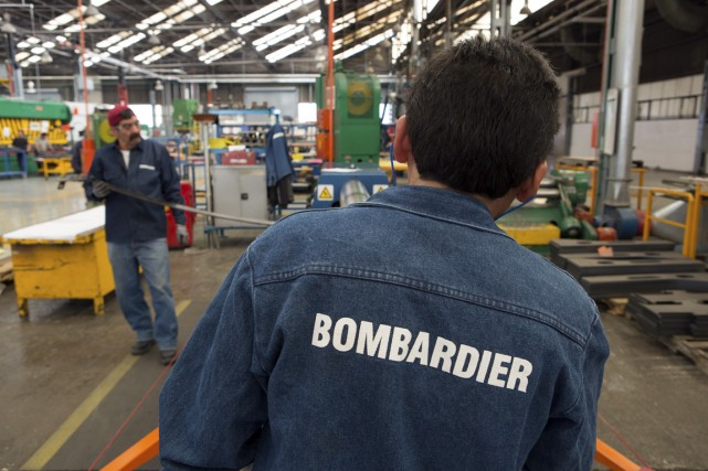 Les employés de l'usine de construction de trains de Bombardier à Thunder Bay,... (Photo Susana Gonzalez, Archives Bloomberg)