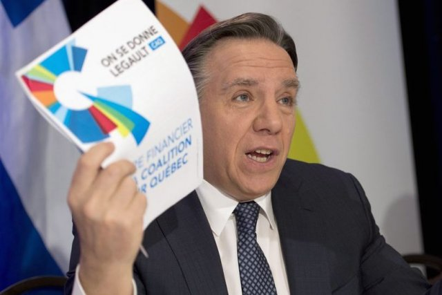 François Legault n'a pas perdu de temps à... (Photo Jacques Boissinot, La Presse Canadienne)