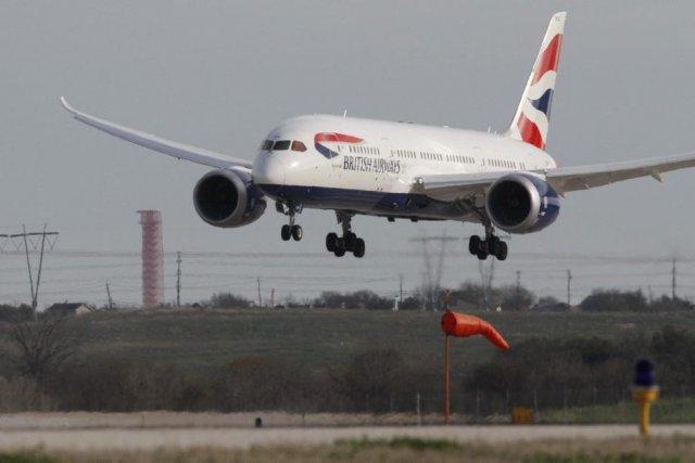 Boeing maintient intactes ses prévisions de livraisons 2014,... (Photo Jack Plunkett/AP Images for British Airways)