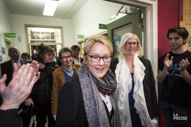 Pauline Marois s'est rendue dans un rassemblement de... (PHOTO OLIVIER PONTBRIAND, LA PRESSE)