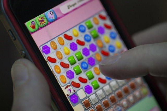 Candy Crush est téléchargeable gratuitement sur téléphone intelligent,... (Photo Simon Dawson, Bloomberg)