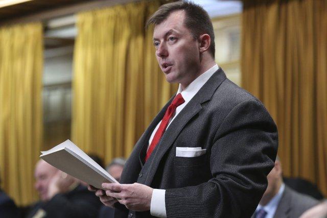 L'ancien ministre albertain Rob Liepert espère prendre la... (Photo Chris Wattie, archives Reuters)