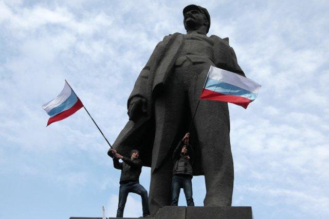 A Donetsk, dans l'est russophone et industriel de... (Photo: AP)