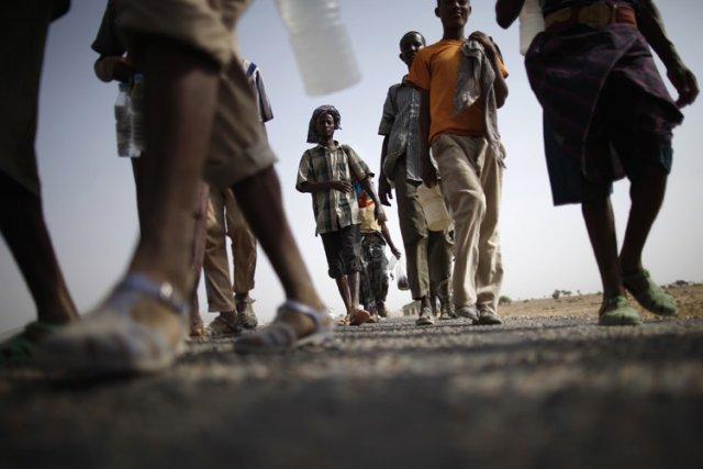 Les migrants africains s'introduisent habituellement dans le sud... (Archives Reuters)