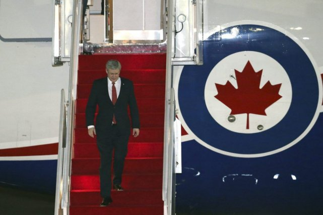 Stephen Harper... (Photo Associated Press)