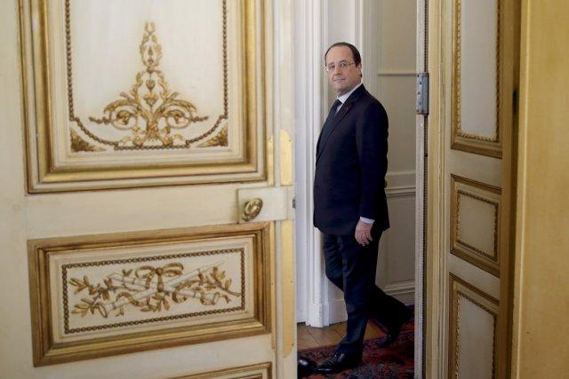 Le président François Hollande, à Paris, le 8... (PHOTO PHILIPPE WOJAZER, AFP)