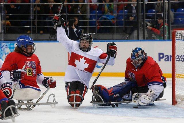 Le Canada a défait la République tchèque 1-0... (Photo Alexander Demianchuk, Reuters)