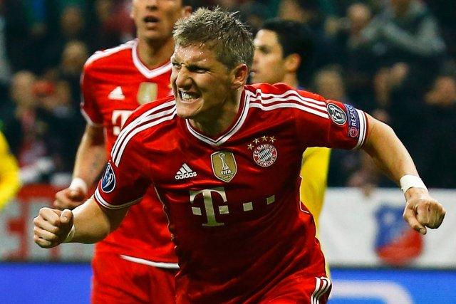 Bastian Schweinsteiger, du Bayern Munich, célèbre après avoir... (Photo Kai Pfaffenbach, Reuters)