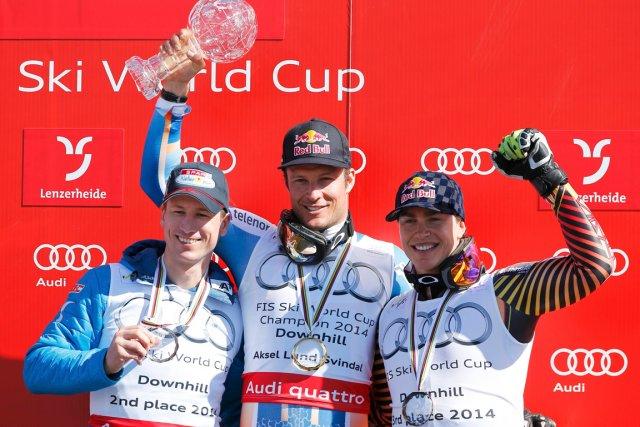 Erik Guay (à droite) termine la saison de... (Photo Leonhard Foeger, Reuters)