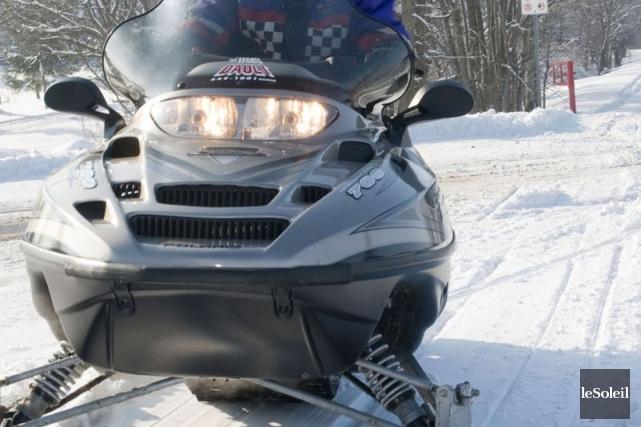 Un motoneigiste a perdu la vie dans une avalanche près du parc provincial... (Photothèque Le Soleil)