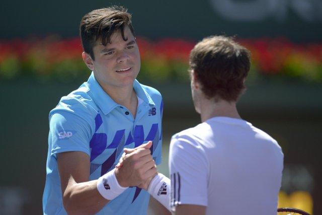 Milos Raonic a serré la main d'Andy Murray... (Photo: AP)