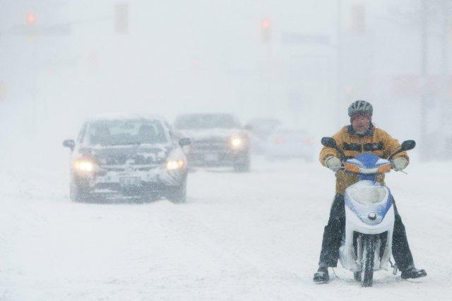 Au Québec, la circulation se fait au ralenti... (PHOTO AARON LYNETT, PC)