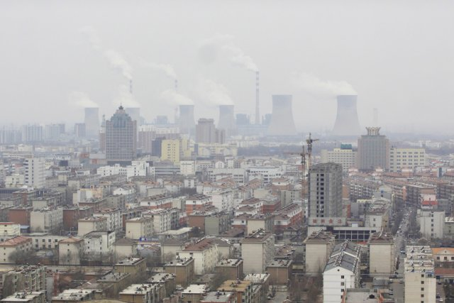 La Chine souffre d'une pollution extrême due à... (PHOTO REUTERS/STRINGER)